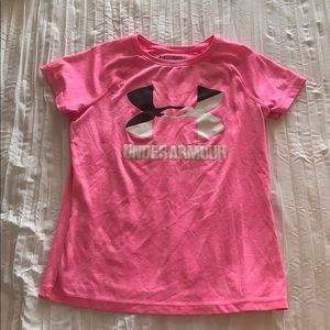 Girls under armour top